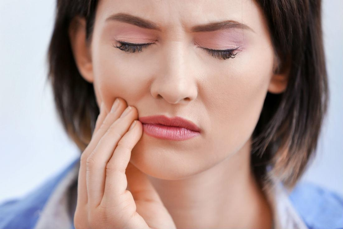 10 Tips for Dealing with Sensitive Teeth